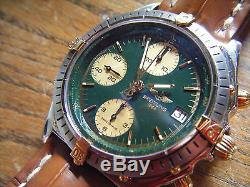 Breitling Chronomat automatique cadran vert B13048 or acier neuve ancien stock