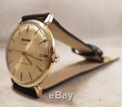 Bulova Self Winding automatique 10 carat des années 1961montre pour homme