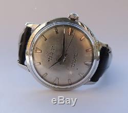 Elégante et belle montre BREITLING Genève automatique des années 50