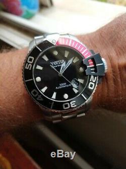 Montre YEMA Sous Marine Automatique Homme acier plongée occasion