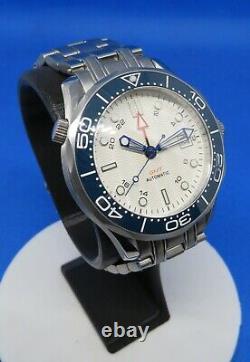 Montre automatique Asian ETA 2836-2 GMT, neuve, wave dial