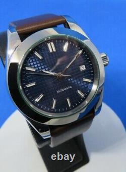 Montre automatique ETA 2836-2 habillée dress watch, cadran damassé