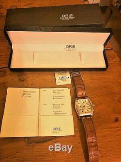 Montre automatique ORIS Miles Davis Tonneau chronographe