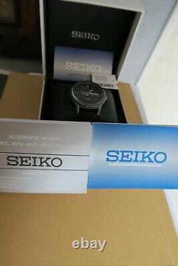 Montre automatique Seiko Carbon fiber dial style (ref SSA383k1)