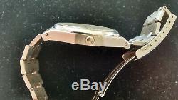 Rare Montre vintage suisse Bulova Royal Oak date automatique de Gerald Genta