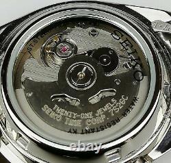 Seiko 5 Automatique Cadran Gris Argent Acier 37mm SNXS75K1 Homme Montre