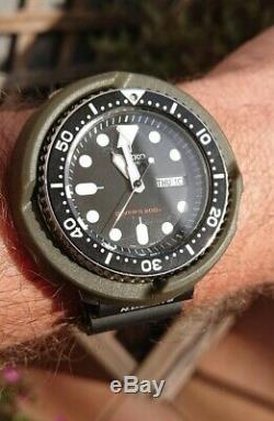 Seiko Diver's 200m Noir Automatique 7s26 002R/SKX009 Custom caoutchouc / Tuna