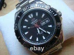 Superbe montre de plongée automatique ORIENT comme neuve full set