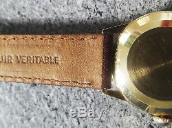 Superbe montre suisse automatique Universal Genève or massif 14k